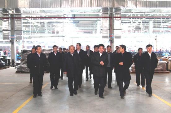 山东省副省长邓向阳来力士德公司检查指导工作
