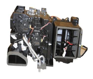 大于55挖机空调皮带安装步骤