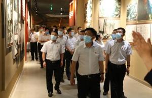 追寻红色足迹 汲取奋进力量----飞龙集团党委开展主题党日活动