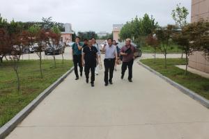 山东省科学技术情报研究院刘显福院长一行莅临东仪集团参观指导