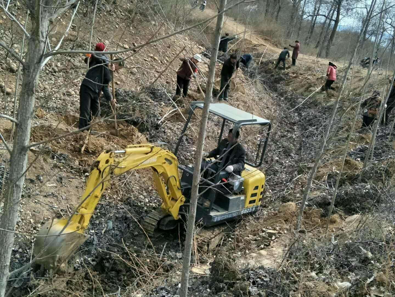 山鼎SD22-9B小挖机施工,代替劳动力的